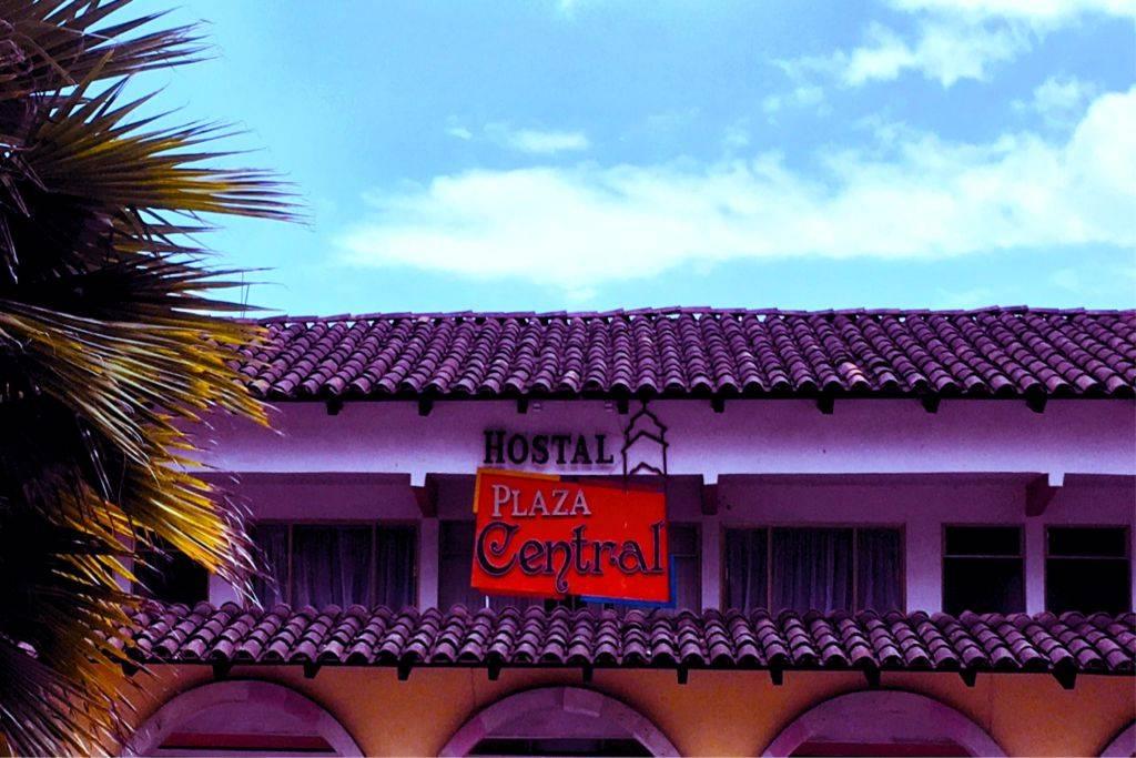 Hostal Plaza Central